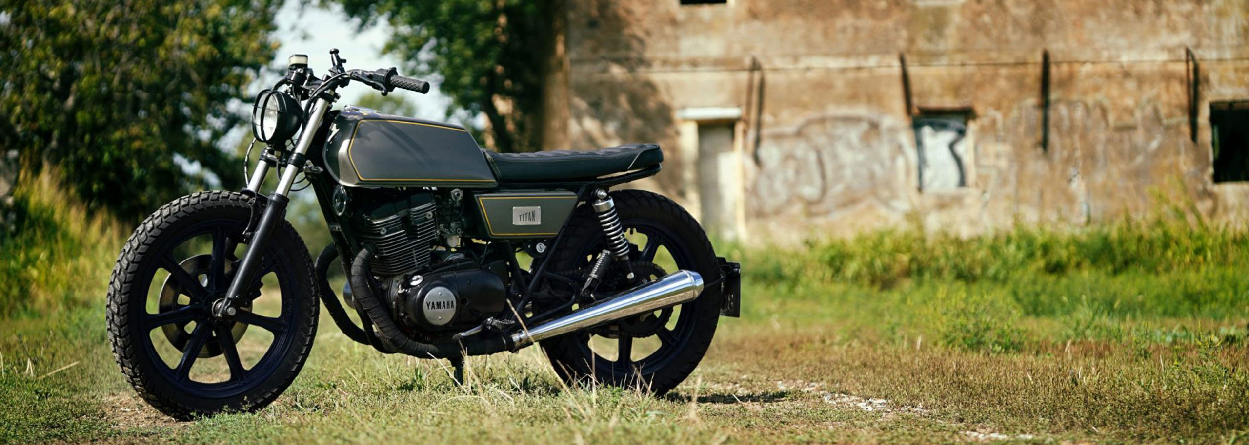 02_TITAN-Greek_Yamaha-Umbau-XS-500_Cafe-Racer-Graz-Motorrad-Umbau-Austria-Vintage_Custom-Bikes_Zweirad_Custom