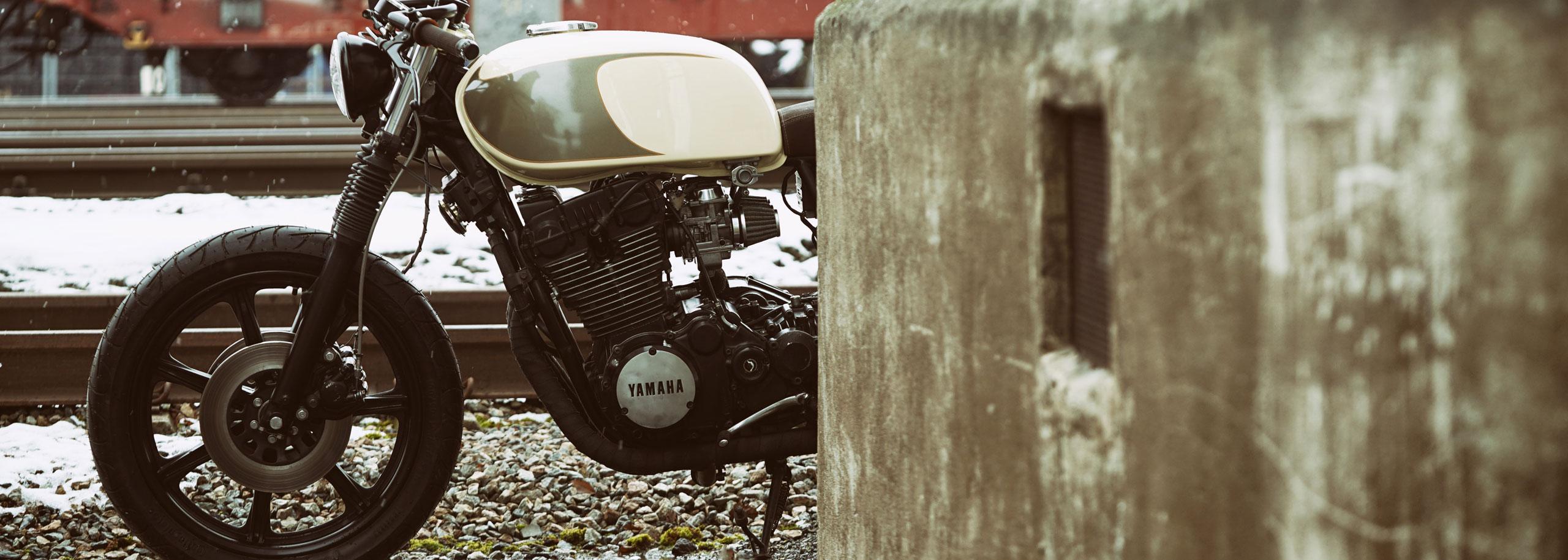 03_TITAN-Heavy-Metal_Honda-Umbau-XS-850_Cafe-Racer-Graz-Motorrad-Umbau-Austria-Vintage_Custom-Bikes-Sattel-Heck-Umbau