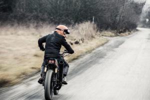 Cafe-Racer-Graz-Umbau-Kawasaki-Z500-Custom-Beast-Snowboard-Bike-Lifestyle-Tüv-Typisierung-Styrian-Motorcycles_Creative-Industrial-Design-Handmade (6)