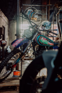 Cafe-Racer-Lifestyle-Fashion-Streetwear-Foodtrucks-Music-Workshops-Handcraft-Custom-Bikes-Motorrad-Umbauten_2018_Moto-Circle-Festival_(c)Max-Mauthner_2000px_08774 (5)
