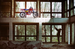 Cafe-Racer-Tracker-Scrambler-Urban-Crosser-Honda-XR600-Titan-Motorcycle-Co-Austria-Typisiert-Graz-Custom-Bikes-made-in-Styria-Austria (1)