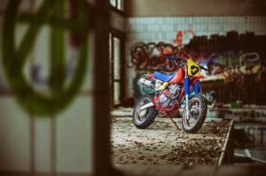 Cafe-Racer-Tracker-Scrambler-Urban-Crosser-Honda-XR600-Titan-Motorcycle-Co-Austria-Typisiert-Graz-Custom-Bikes-made-in-Styria-Austria (16)