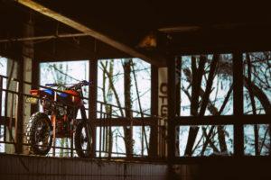 Cafe-Racer-Tracker-Scrambler-Urban-Crosser-Honda-XR600-Titan-Motorcycle-Co-Austria-Typisiert-Graz-Custom-Bikes-made-in-Styria-Austria (18)