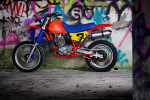 Cafe-Racer-Tracker-Scrambler-Urban-Crosser-Honda-XR600-Titan-Motorcycle-Co-Austria-Typisiert-Graz-Custom-Bikes-made-in-Styria-Austria (4)