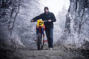 Cafe-Racer-Tracker-Scrambler-Urban-Crosser-Honda-XR600-Titan-Motorcycle-Co-Austria-Typisiert-Graz-Custom-Bikes-made-in-Styria-Austria (5)