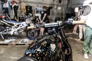 Moto-Circle-Festival-2018-Wien_Titan-Motorcycle-Shenfu-Cafe-Racer-Lifestyle-Fashion-Streetwear-Foodtrucks-Music-Workshops-Handcraft-Custom-Bikes-Motorrad-Umbauten-Mes