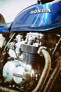 TITAN-BLUE-VALENTINE_Honda-Umba-CB-650-Four_Cafe-Racer-Graz-Motorrad-Umbau-Oesterreich-Vintage_Custom-Bikes-Einzigartiges-Design (4)
