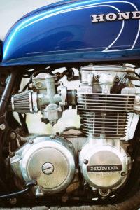 TITAN-BLUE-VALENTINE_Honda-Umba-CB-650-Four_Cafe-Racer-Graz-Motorrad-Umbau-Oesterreich-Vintage_Custom-Bikes-Einzigartiges-Design (7)