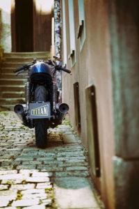 TITAN-BLUE-VALENTINE_Honda-Umba-CB-650-Four_Cafe-Racer-Graz-Motorrad-Umbau-Oesterreich-Vintage_Custom-Bikes-Einzigartiges-Design (8)