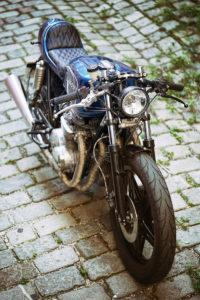 TITAN-BLUE-VALENTINE_Honda-Umba-CB-650-Four_Cafe-Racer-Graz-Motorrad-Umbau-Oesterreich-Vintage_Custom-Bikes-Einzigartiges-Design (9)