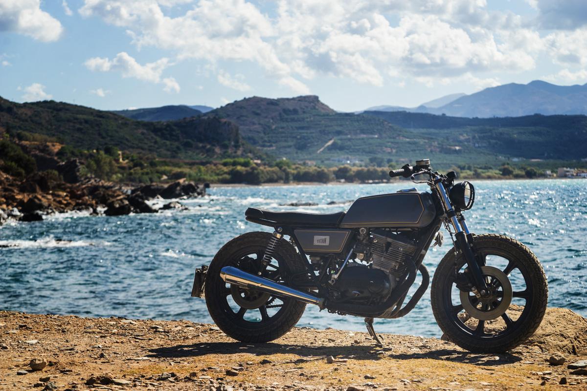 TITAN-Greek_Yamaha-Umbau-XS-500_Cafe-Racer-Graz-Motorrad-Umbau-Austria-Vintage_Custom-Bikes_Zweirad_Custom (9)
