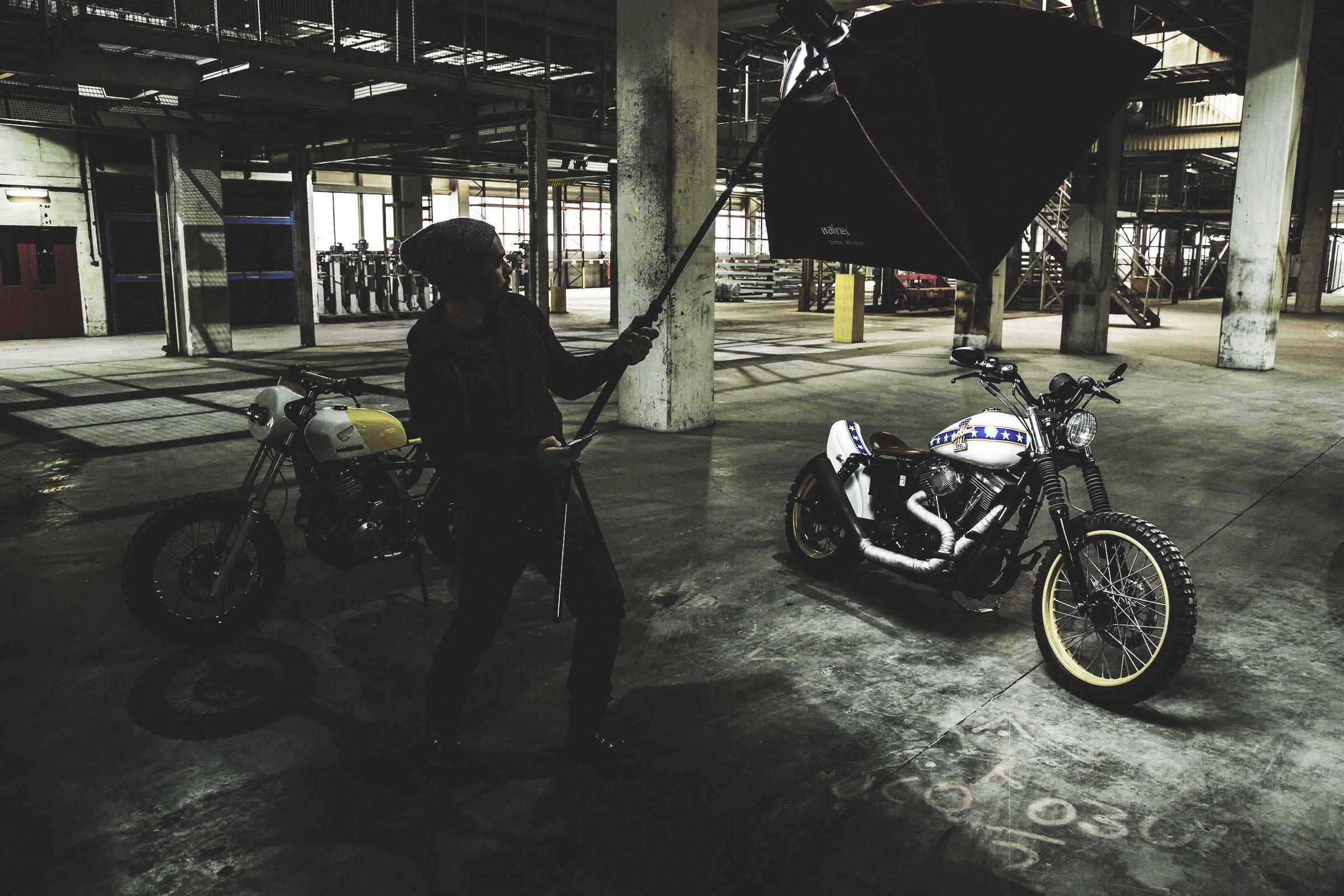 TITAN-Harley-Davidson-Dyna-Wide-Glide-Evel-Knievel_Harley-Umbau_Cafe-Racer-Graz-Motorrad-Umbau-Austria-Vintage_Custom-Bikes (2)