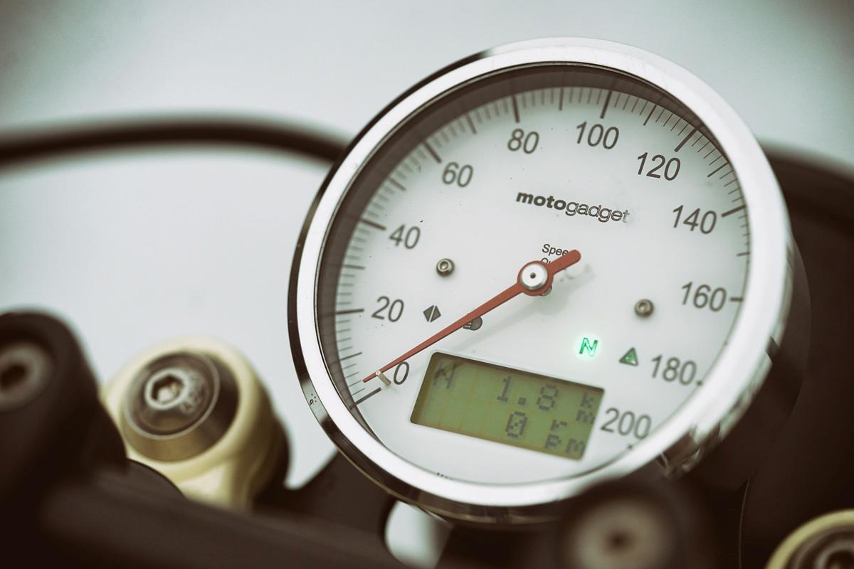 TITAN-Heavy-Metal_Honda-Yamaha-Umbau-XS-850_Cafe-Racer-Graz-Motorrad-Umbau-Austria-Vintage_Custom-Bikes-Sattel-Heck-Umbau (18)