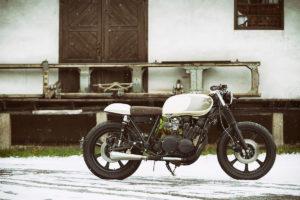 TITAN-Heavy-Metal_Honda-Yamaha-Umbau-XS-850_Cafe-Racer-Graz-Motorrad-Umbau-Austria-Vintage_Custom-Bikes-Sattel-Heck-Umbau (19)