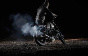 TITAN-Pratter-BMW-R100-RS-Rizoma-Kellermann-Motogadget-Brembo_Story (1)