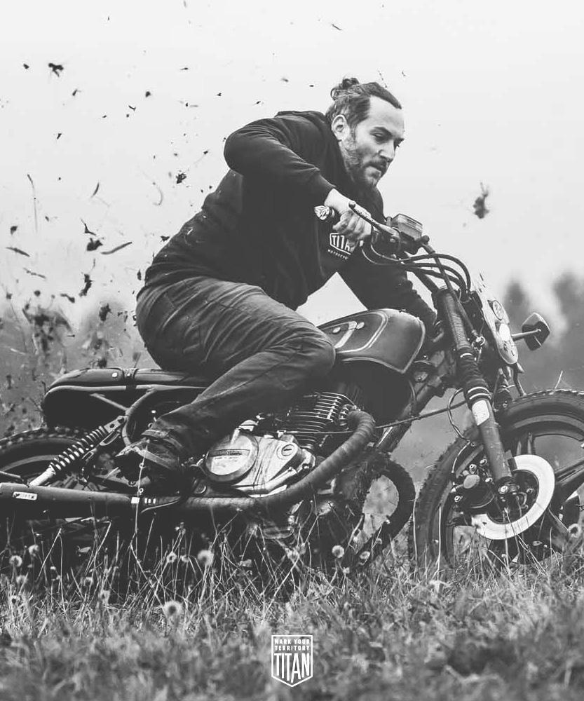 Team_TITAN-Motorcycle-Company-Graz_LeadBuild-DI-Michael-Siebenhofer-Michl_WorkHard-PlayHard