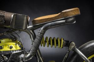 Titan-One_Alte-Maschinen-Custom-Cafe-Racer-Graz-Reduktion-Kunstwerk-Zulassung-Typisiert-TÜV_Bike-Styira-Oldtimer-Konzept-Honda-Umbau_staatsmeister-Viertelmeile-Rennen-a
