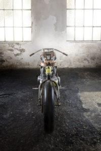 Titan-One_Alte-Maschinen-Custom-Cafe-Racer-Graz-Reduktion-Kunstwerk-Zulassung-Typisiert-TÜV_Bike-Styira-Oldtimer-Konzept-Honda-Umbau_staatsmeister-Viertelmeile-Rennen-c
