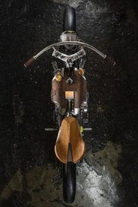 Titan-One_Alte-Maschinen-Custom-Cafe-Racer-Graz-Reduktion-Kunstwerk-Zulassung-Typisiert-TÜV_Bike-Styira-Oldtimer-Konzept-Honda-Umbau_staatsmeister-Viertelmeile-Rennen-e