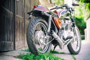 Titan-Sakura-Honda-CB-500-Four-Umbau-Classic-Cafe-Racer-Vierzylinder-Custom-Bikes-Graz (2)