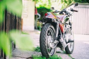 Titan-Sakura-Honda-CB-500-Four-Umbau-Classic-Cafe-Racer-Vierzylinder-Custom-Bikes-Graz (5)