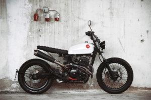 Titan_Honda_SLR650_trackers_Cafe-Racer-Graz-Motorrad-Umbau-Austria-Vintage_Custom-Bikes_Motorrad-Umbauten